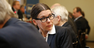 """Juvonen: Hallitus tarjoaa lakiesityksessä """"pikavippiä"""" tulevien maakuntien taloudelliseen ahdinkoon"""