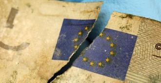 Kreikassa pankit ja pörssi kiinni kansanäänestysviikolla