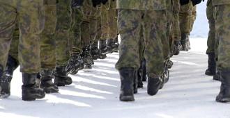 Immonen: Sotilaiden työaikalaki on viimein korjattava