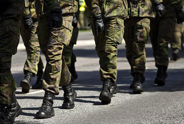 Parlamentaarinen selvitysryhmä haluaa nostaa puolustusmäärärahoja