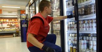 PS-Nuoret: Kaupoille oikeus myydä kaikkia alkoholijuomia vapaasti