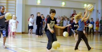 Hakkarainen: Ruotsin kieli pois kouluista, tilalle liikuntaa