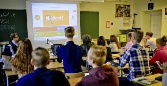 Sivistysvaliokunnan perussuomalaiset: Kouluissa tulee huolehtia suomalaisten tapojen, arvojen ja kulttuurin ylläpitämisestä ja edistämisestä