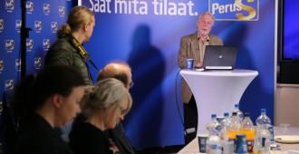 """Putkonen: Hallitus kaipaa """"Lahtista ja konekivääriä"""""""