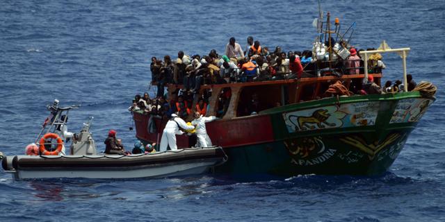 Turkki ja EU erimielisiä turvapaikanhakijoiden sijoittelusta
