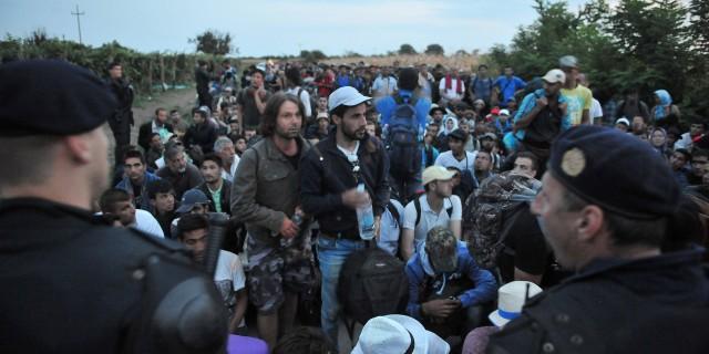 EU:n sisäiset siirrot eivät toimi – suuri osa jäsenmaista ei halua ottaa turvapaikanhakijoita