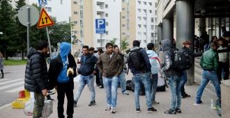 Turvapaikkahakemusten määrä ei pudonnut nollaan – Suomessa jo asuneilta kymmeniä turvapaikkahakemuksia