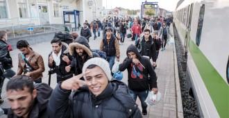 Meri: Miten piikki voi olla auki jopa 100 000 turvapaikanhakijan saapumiseen, kun Suomi elää jo valmiiksi velkarahalla?
