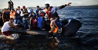 """Italialaissyyttäjän hurja väite Välimeren """"meritaksipalveluista"""" – avustusjärjestöt toimivat kimpassa ihmissalakuljettajien kanssa"""
