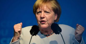 Tiedustelupomo nolasi Merkelin – potkut tulossa, vaiko sittenkin hallituskriisi?