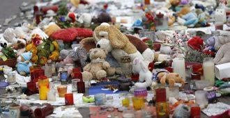 Hakkarainen tulistui Nizzan 86 kuolonuhria vaatineesta rekkaiskusta – joutuu itse syytettyjen penkille