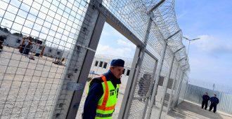 Puola seuraa Unkarin mallia, rakentaa turvapaikanhakijoille konttileirejä – kansalta tukea, EU odotetusti nihkeänä