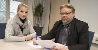 """Ronkainen: Vakuutuslääkäreiden mielivalta lopetettava – """"Koskettaa suoraan tai välillisesti jopa puolta miljoonaa suomalaista"""""""