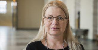 """Meri: Hallitus ei uskalla puuttua todellisiin ongelmiin – """"Hyssytellään kansainvälisissä pöydissä muiden tekemisiä ja kuritetaan suomalaisia"""""""