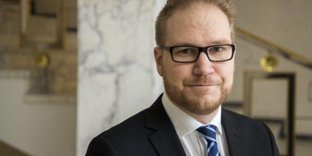 """Immonen: Maahanmuutto-ongelmaa ei korjata muutamalla kymmenellä lähiöpoliisilla – """"Suomi kokee tällä menolla Ruotsin kohtalon"""""""