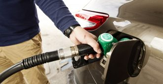 """Perussuomalaiset ei hyväksy sentinkään polttoainehintojen korotuksia: """"Kuinka isoon korotukseen keskusta on valmis?"""""""