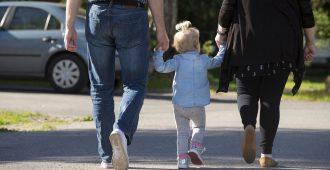 Perussuomalaiset esittää lapsiperheille verovähennystä – alaikäisten lasten vanhemmille verohelpotus