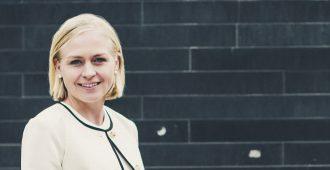 Elina Lepomäki luopui maahanmuuttokriittisyydestä ja hurahti liittovaltiouskoon