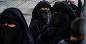 Isis-vaimoja kadonnut al-Holin leiriltä – viranomaiset vaikenevat Ruotsissa