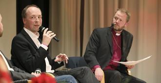 Teemu Laajasalon vetämä Kirkkopäivien sananvapauskeskustelu sujui huumorin merkeissä