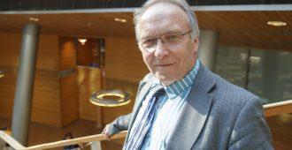 """Europarlamentaarikko Hakkarainen: """"Kansainväliseen yhteistyöhön ei tarvita yhteistä valtiota"""""""
