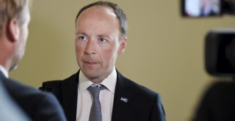 Halla-aho: Muut puolueet haluavat toistaa kaikki Ruotsin virheet