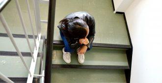 Ulkomaalaistaustaiset nuoret miehet olivat vuorotellen yhdynnässä 14-vuotiaan kanssa – käräjäoikeus hylkäsi kaikki syytteet