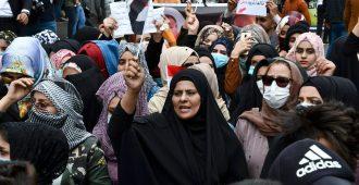Irakissa naisten mitta täyttyi shiiapomon öykkäröinnistä – yritti estää naisten ja miesten yhteiset mielenosoitukset