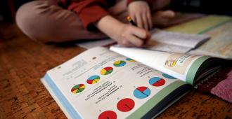 Koulujen eriytyminen kiihtyy – vasemmisto ehdottaa valinnanvapauden rajoittamista, mutta löytyisikö parempiakin keinoja?
