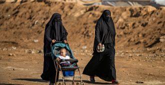 Myös ruotsalaiset Isis-vaimot ottivat hatkat al-Holin leiriltä – tietoja pantataan