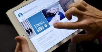 Kansanäänestyksen järjestäminen EU:n elpymispaketista – kansalaisaloite keräsi yli 20 000 allekirjoitusta vuorokaudessa