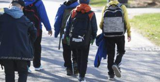 """Unicef lähettää alakoululaiset kävelylle ja samalla kerjäämään rahaa vanhemmiltaan – """"Järjestöjen rahankeräykset eivät kuulu kouluihin"""""""