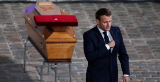 """Ranska on saanut tarpeekseen islamistien ymmärtäjistä: """"Kansaa yököttää"""""""