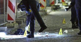 Islamistinen veitsi-isku Dresdenissä – Isis-kannattaja oli tullut turvapaikanhakijana Saksaan