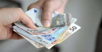 Eteläisten maiden sosialistimepit aloittivat moraalintaivutusharjoituksensa – rahan virtaaminen pohjoisesta etelään etusijalle