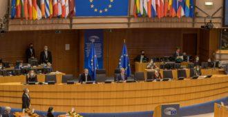 EU keksii lisää johtopaikkoja kampaviinerikerhoihin – asiaosaaminen jäänyt unionissa retuperälle