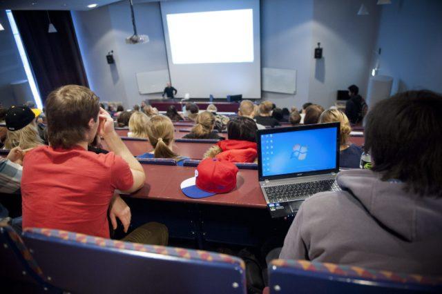 Yhteiskuntatieteiden opiskelijat haluavat rajoittaa mielipiteenvapautta - Suomen...