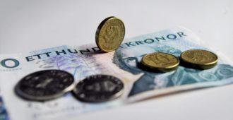 Ruotsissa maahanmuuttokriitikoilta suljetaan pankkitilit
