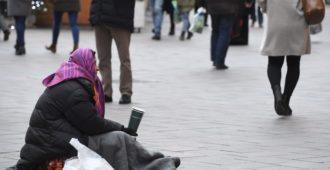 """Liikkuvalle väestölle vaaditaan ympärivuotista hätämajoitusta Helsinkiin – """"Rahat suunnattava kotimaisille avuntarvitsijoille, ei maailmanparantamiseen"""""""
