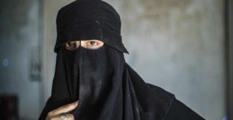 Britannian korkein oikeus: Isis-naisella ei ole oikeutta palata maahan eikä kansalaisuutta palauteta