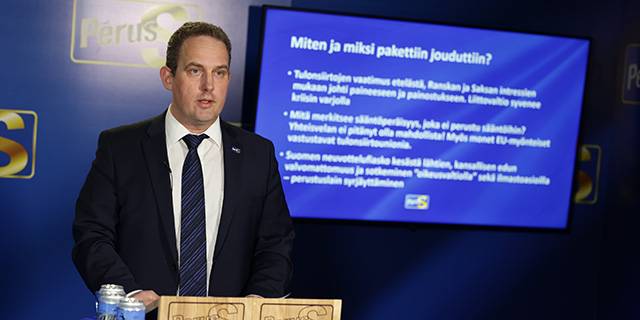 """Eduskunta äänestää tällä viikolla 750 miljardin EU-elvytyspaketista, perussuomalaiset pyrkii kaatamaan paketin – Mäkelä: """"Nyt on aika puhaltaa peli poikki ja sanoa, että tämä ei käy"""""""