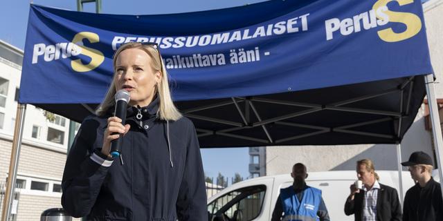 """Haavisto kertoi Afganistanista tulleista avunpyynnöistä – Purra: """"Minäkin sain teltoilla tänään monta avunpyyntöä suomalaisilta"""""""
